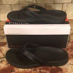 Vionic black sandal